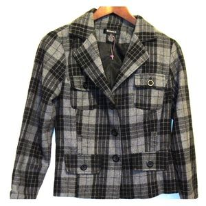Perfect warm casual jacket 3 for 30$